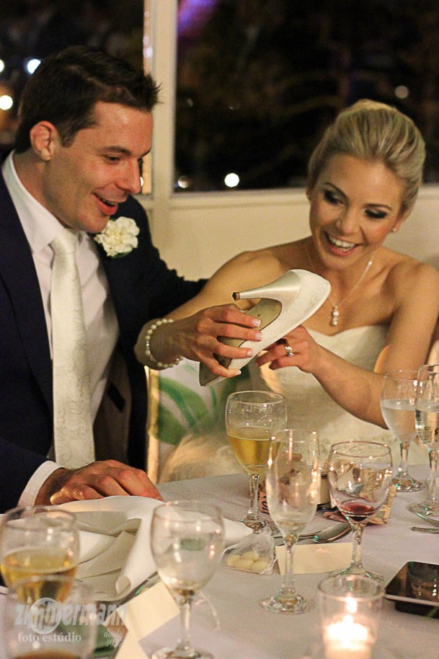 Money inside the Bride's shoe is a Brazilian tradition