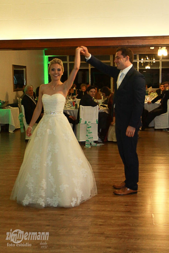 Bride and Groom started the dancing