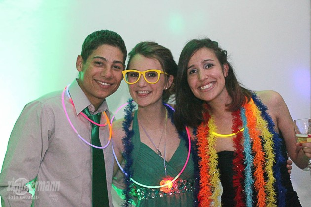 Chloe in the middle with Mauricio and his girl friend Suellen