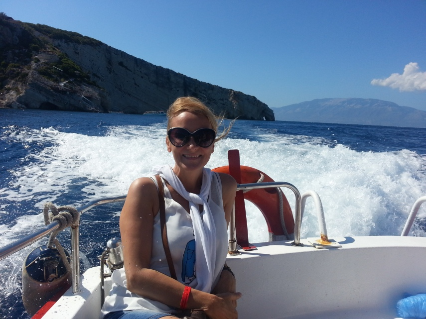 Speed boat to the Blue Caves
