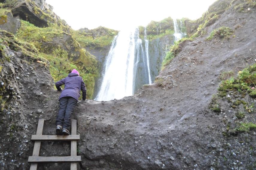 Hidden Gijufurarbuy Falls