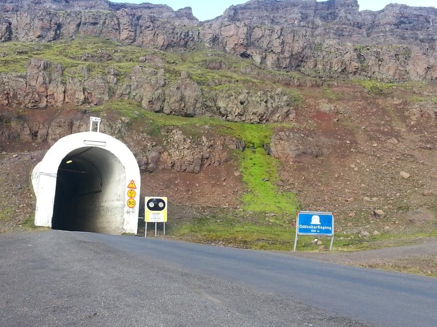 Mountain pass tunnel