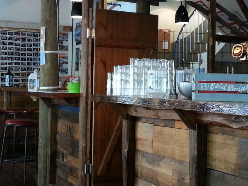 I loved how jugs of water and glasses are on display everywhere...just help yourself